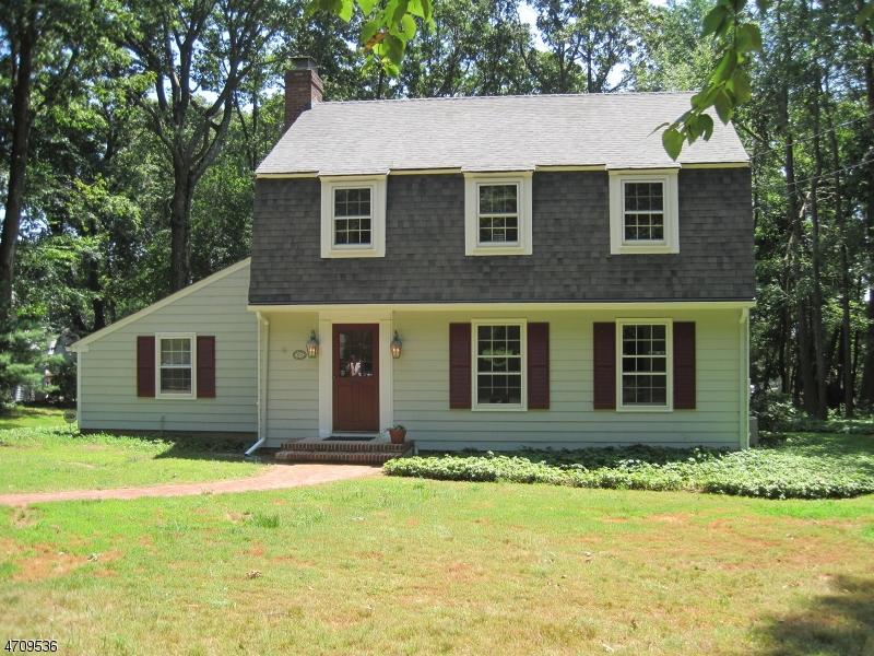 独户住宅 为 出租 在 1034 SUSSEX TPKE 伦道夫, 新泽西州 07869 美国