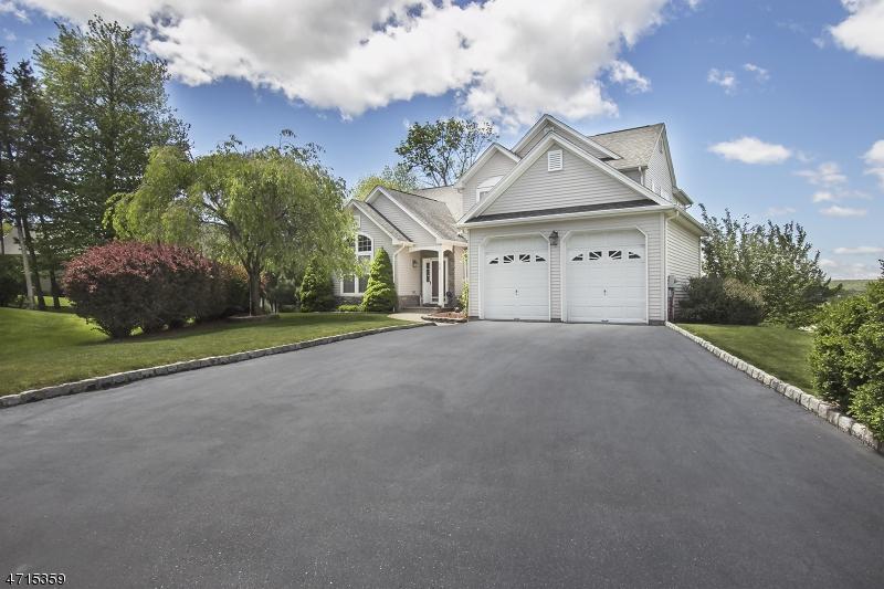Частный односемейный дом для того Продажа на 56 Canada Goose Drive Allamuchy, 07840 Соединенные Штаты