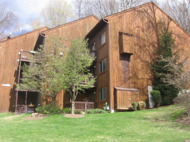 Casa Unifamiliar por un Alquiler en 7 Augusta Dr, UNIT 4 Vernon, Nueva Jersey 07462 Estados Unidos