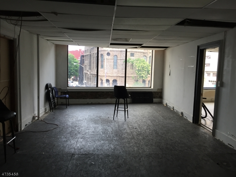 Additional photo for property listing at 569-77 Broad Street  Newark, New Jersey 07102 United States