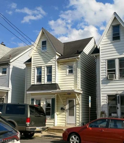 Casa Unifamiliar por un Alquiler en 26 Davis Street Phillipsburg, Nueva Jersey 08865 Estados Unidos