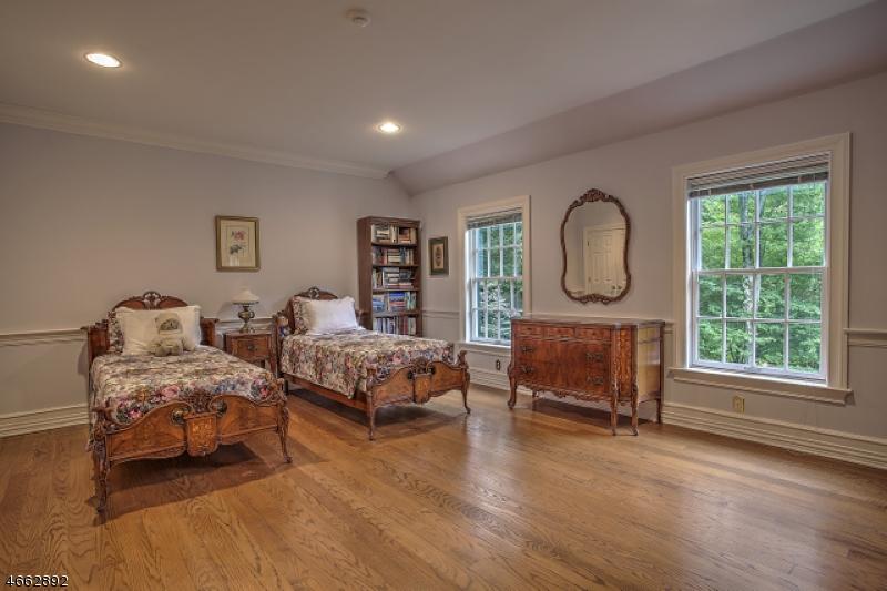 Additional photo for property listing at 3 Manor Hill Drive  Mendham, Нью-Джерси 07945 Соединенные Штаты