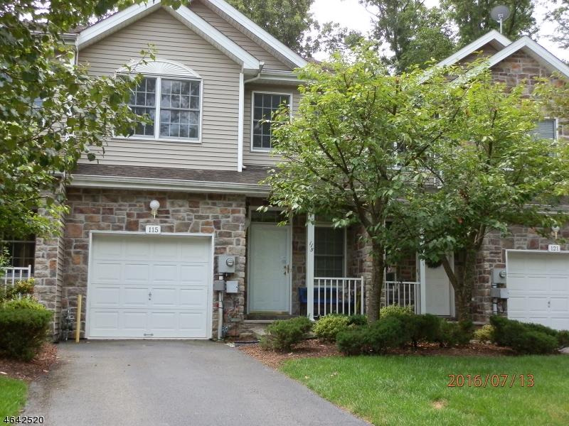 Casa Unifamiliar por un Alquiler en 115 Rhyan Drive Parsippany, Nueva Jersey 07054 Estados Unidos