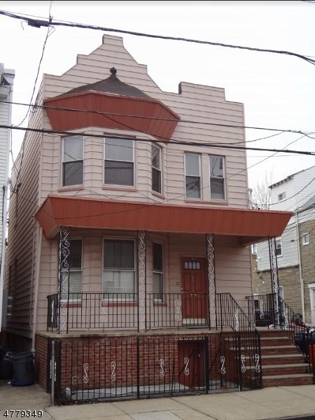 多户住宅 为 销售 在 565 35th Street Union, 新泽西州 07087 美国