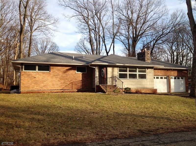 独户住宅 为 销售 在 20 Claredon Ter Dover Township, 新泽西州 07801 美国
