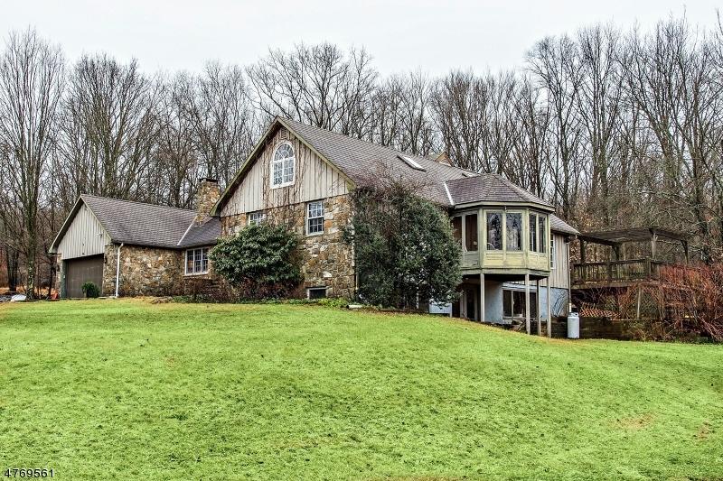 独户住宅 为 销售 在 79 Bull Run Lane 莱巴嫩, 新泽西州 08826 美国