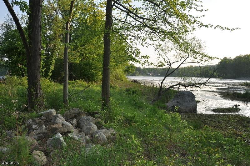Земля для того Продажа на 16 CANAL Street Vernon, Нью-Джерси 07422 Соединенные Штаты