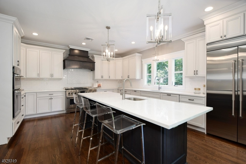 Single Family Home for Sale at 644 CARLETON RD 644 CARLETON RD Westfield, New Jersey 07090 United States