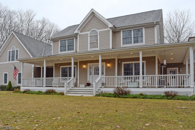 Einfamilienhaus für Verkauf beim 1 S Dory Roe Road Frankford Township, New Jersey 07826 Vereinigte Staaten