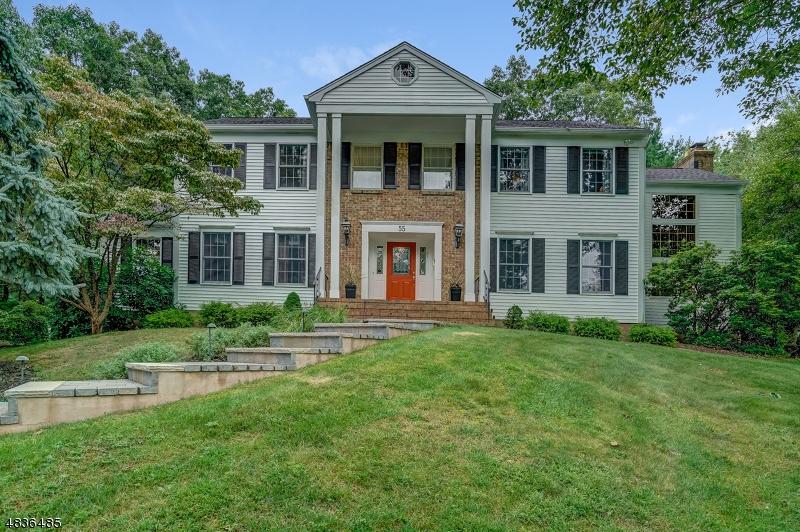 Maison unifamiliale pour l Vente à 55 MUSIKER Avenue Randolph, New Jersey 07869 États-Unis