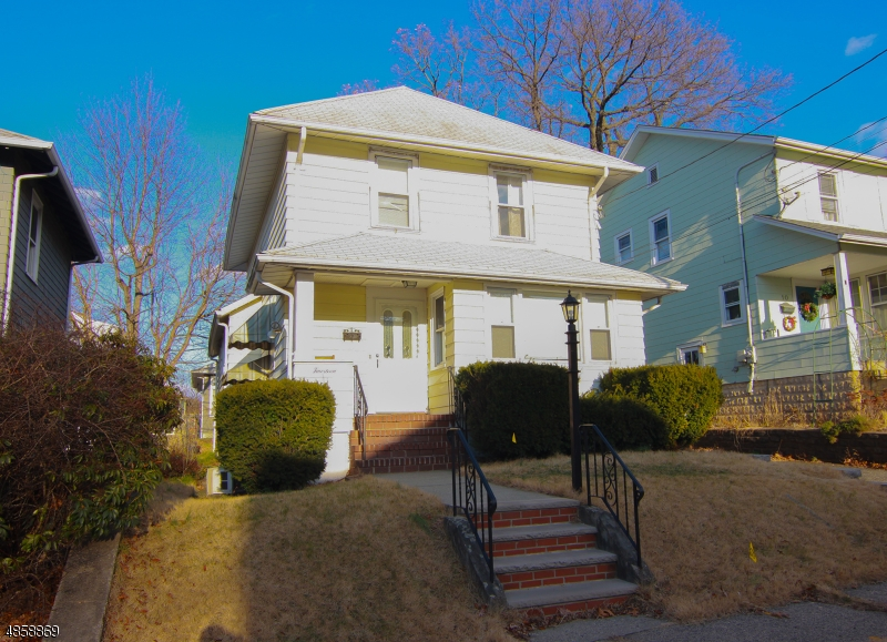 Single Family Home for Sale at 14 SUNDERLAND Avenue Rutherford, New Jersey 07070 United States