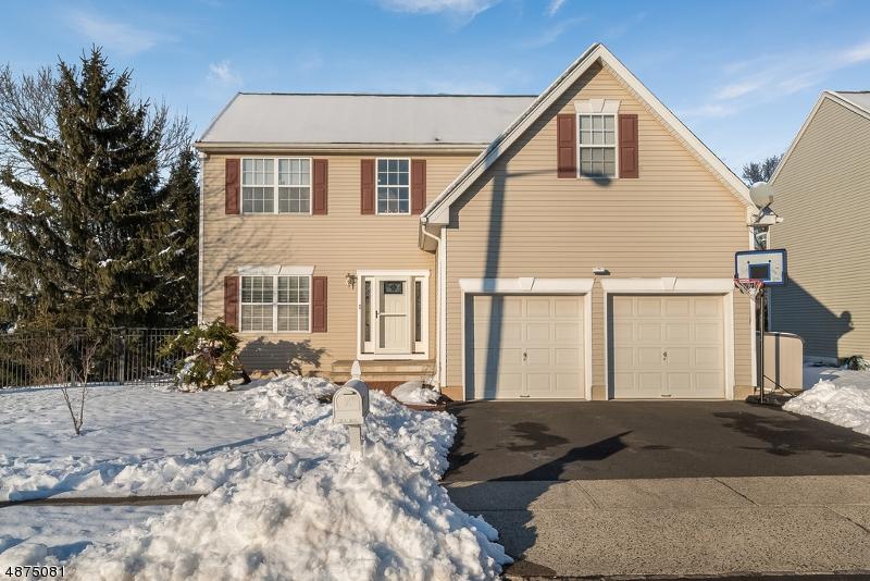 Enfamiljshus för Försäljning vid 1 HEINRICK WAY Bridgewater, New Jersey 08807 Förenta staterna