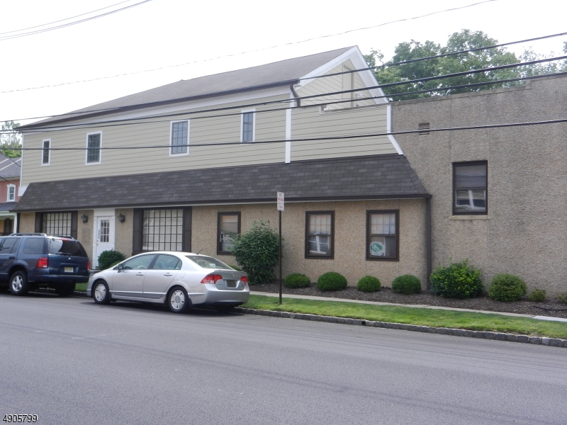 Commercial for Rent at Westfield, New Jersey 07090 United States