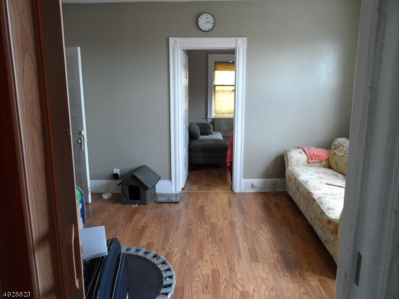 Additional photo for property listing at  Newark, Nueva Jersey 07114 Estados Unidos