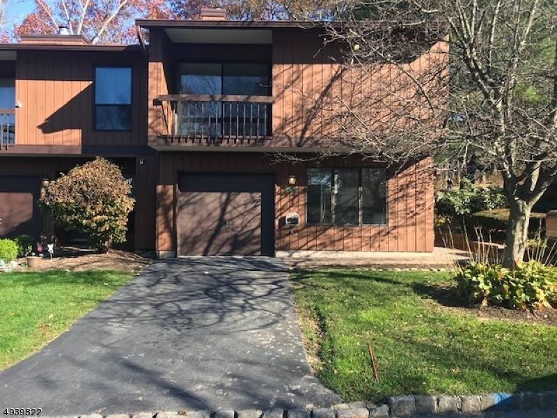 Condo / Radhus för Försäljning vid Wharton, New Jersey 07885 Förenta staterna