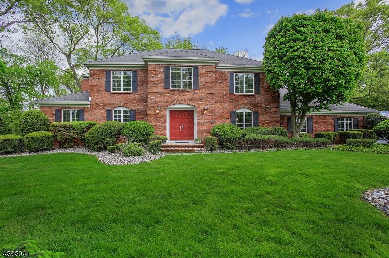 Single Family Homes per Vendita alle ore Holmdel, New Jersey 07733 Stati Uniti