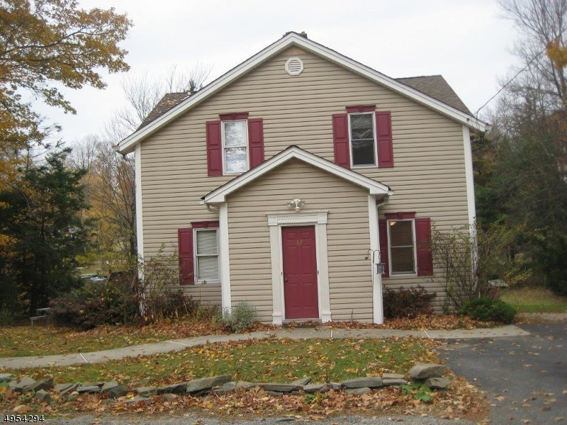 Single Family Homes için Kiralama at West Milford, New Jersey 07421 Amerika Birleşik Devletleri