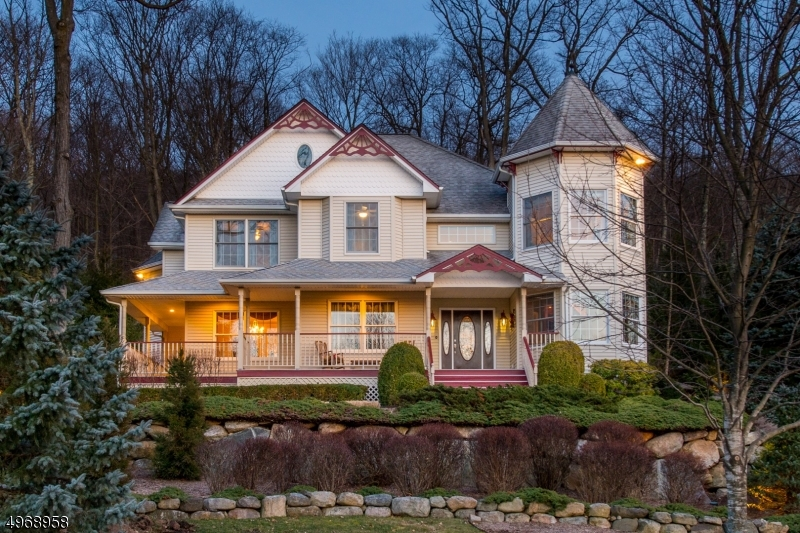 Single Family Homes per Vendita alle ore Ringwood, New Jersey 07456 Stati Uniti