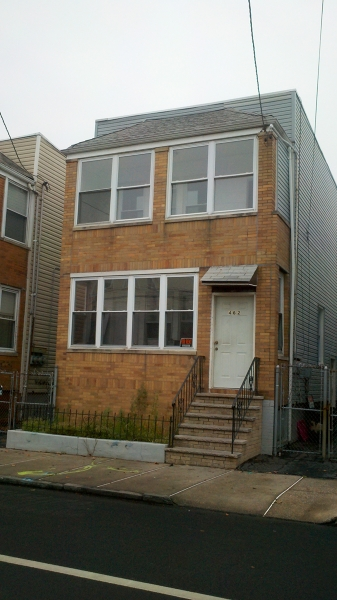 462 N 6th St Newark City, NJ