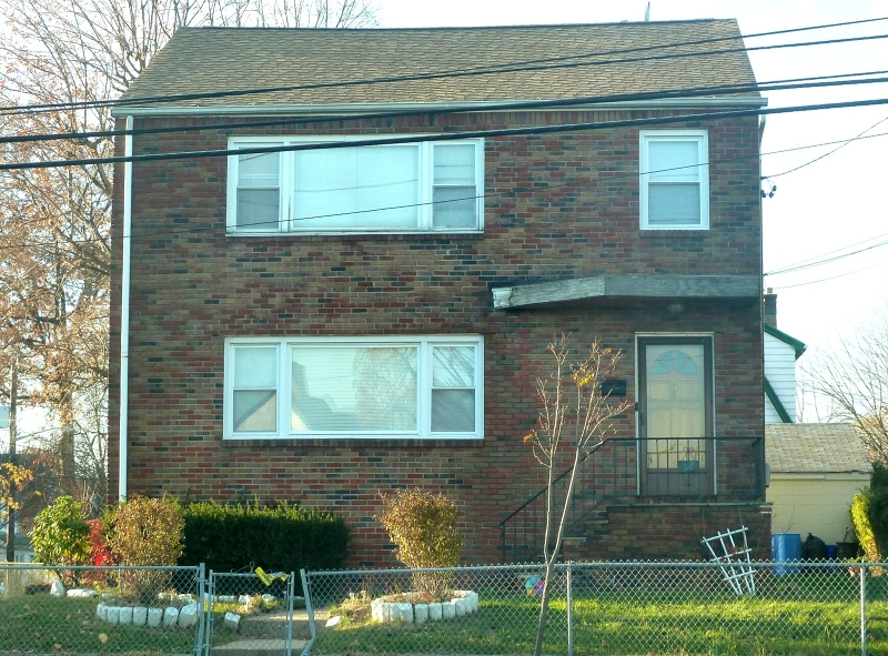 58 Grove St Bloomfield Twp., NJ