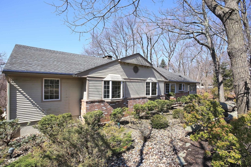 637 Mountain Rd, Kinnelon Boro, NJ 07405