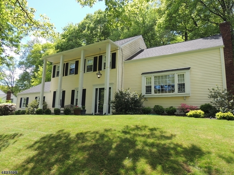 $658,000 - 5Br/3Ba -  for Sale in Morris Twp.