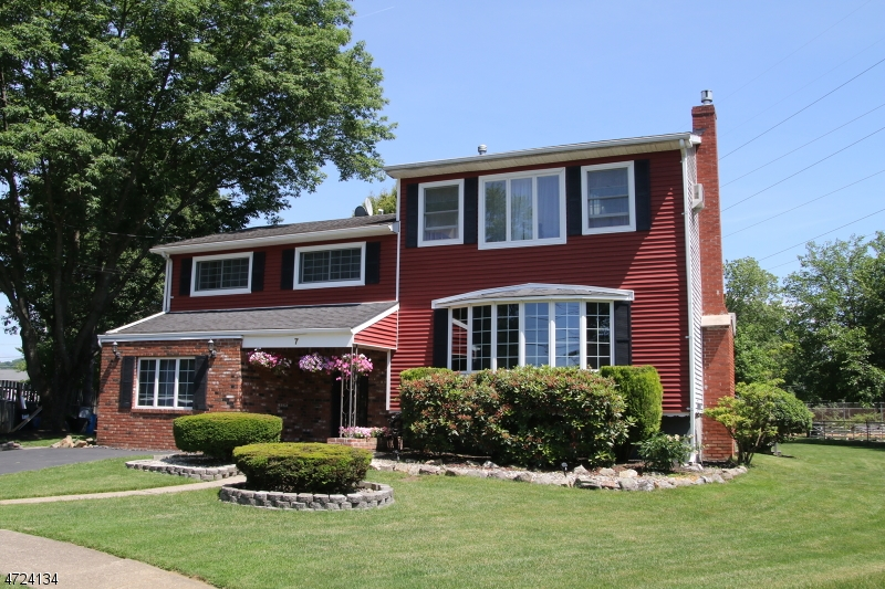 $379,900 - 4Br/3Ba -  for Sale in Mount Olive Twp.