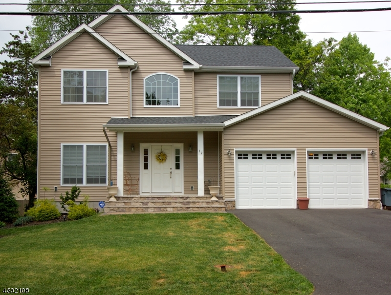 19 Roseland Ave, Warren Twp., NJ 07059