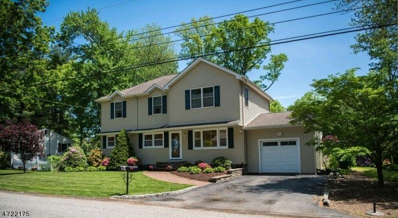 28 Cedar Ln, West Milford Twp., NJ 07480