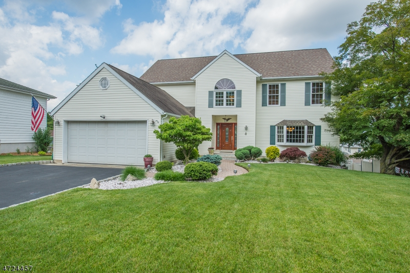 4 De Young Dr, Little Falls Twp., NJ 07424