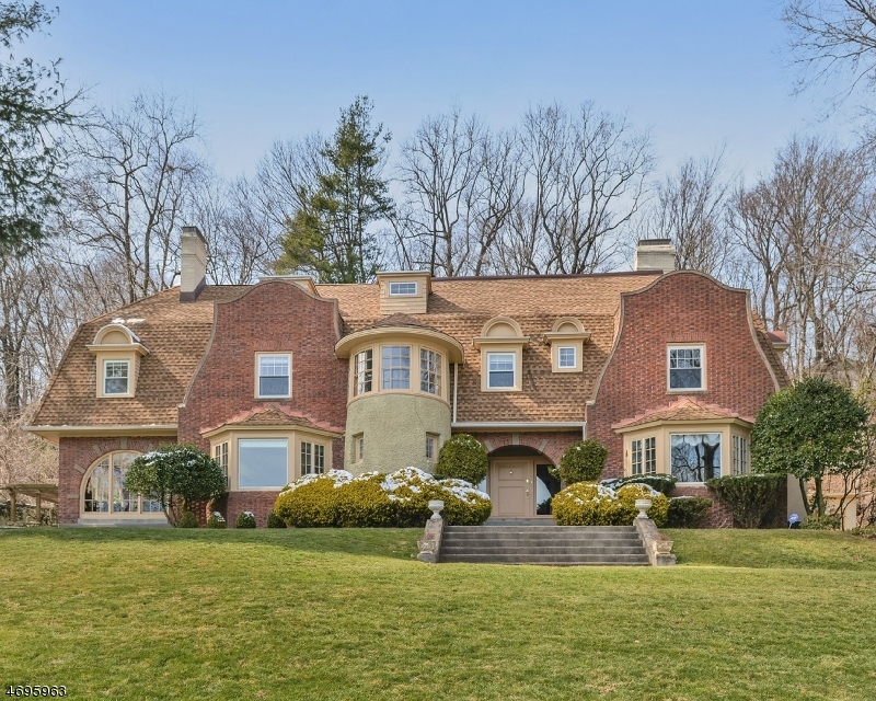 52 Lloyd Rd, Montclair Twp., NJ 07042