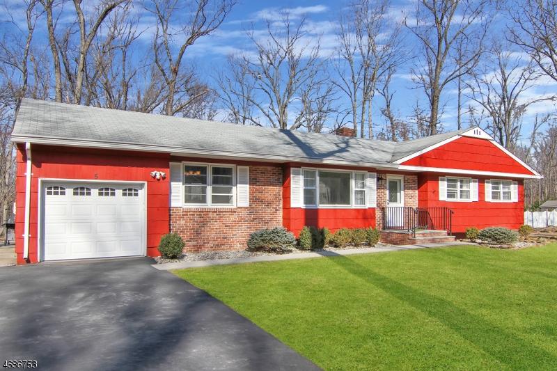 5 Spring House Rd, Warren Twp., NJ 07059