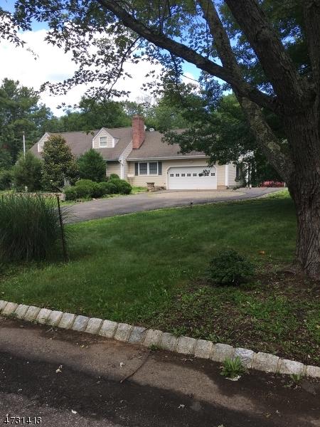 14 Mountainview Ln, Warren Twp., NJ 07059