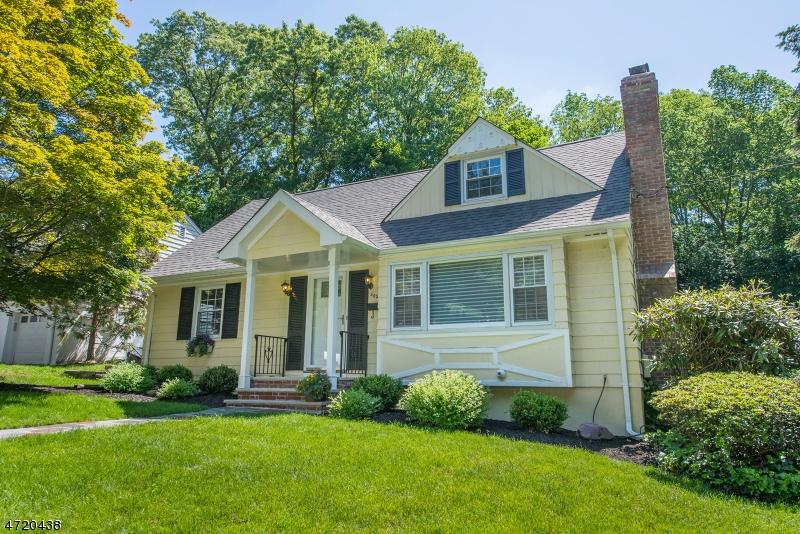 405 Alpine Ter, Ridgewood Village, NJ 07450