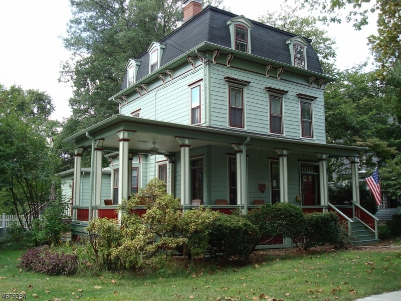22 Forest Ave, Cranford Twp., NJ 07016