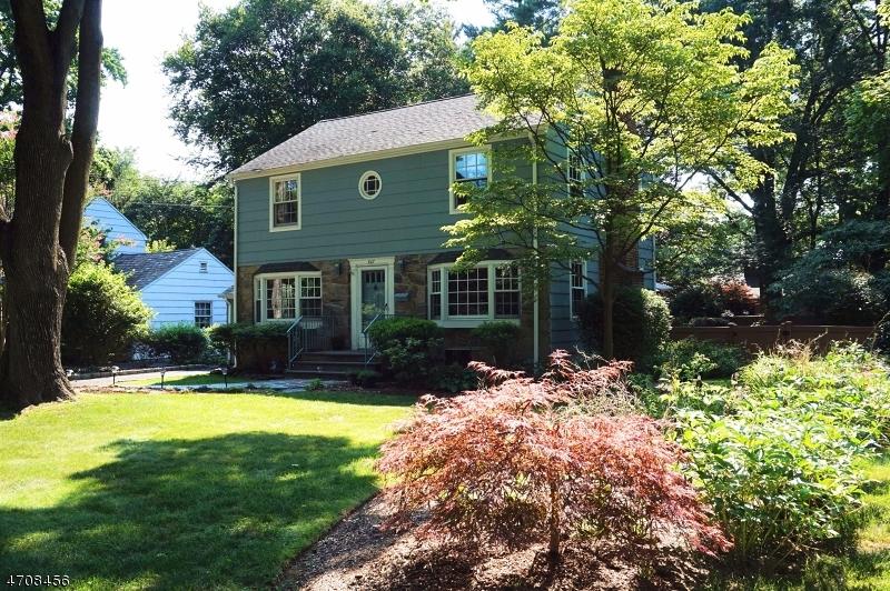 847 Shackamaxon Dr, Westfield Town, NJ 07090