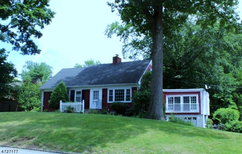 34 Birkendene Rd, Caldwell Boro Twp., NJ 07006