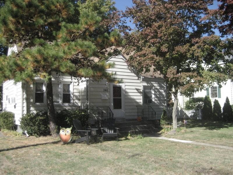 346 S Van Dien Ave, Ridgewood Village, NJ 07450