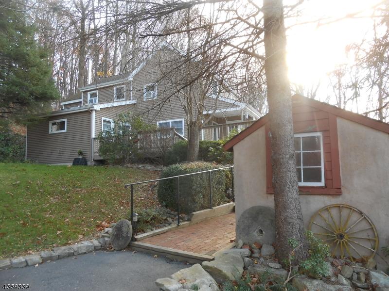 159 Old Farm Rd, Holland Twp., NJ 08848