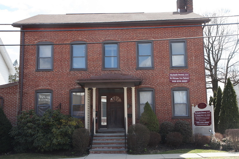 2nd Floor Office Space located at highly visible corner across from Hackettstown Post Office.  2 Units of appx 330SF each are available on 2nd floor.  3rd Floor (appx 460SF) is also available for $575 per month.  All units share a common bathroom on the 2nd floor.  2nd floor is not available until 8/1/17.