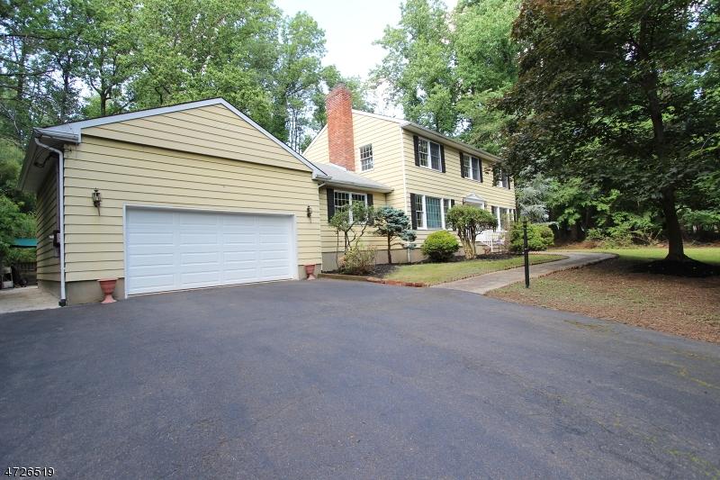 27 Mount Horeb Rd, Warren Twp., NJ 07059