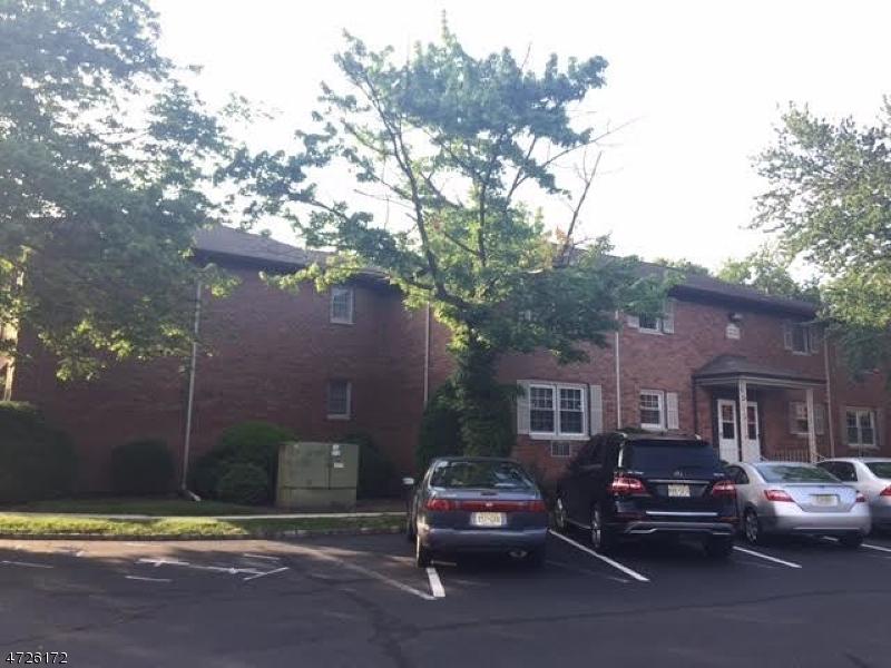 56A Lakeside Dr., Millburn Twp., NJ 07041