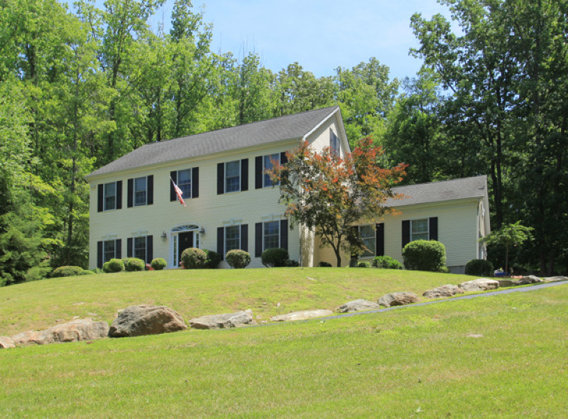 Pristine Federal Colonial in the historic Mountainville section of Tewksbury model design featuring 4 bedrms, 3.5 baths w/finished lower level nestled in a Currier & Ives 3.2+ landscaped acres