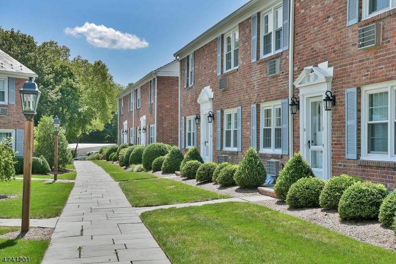 66 New England Ave, Unit 19, Summit City, NJ 07901