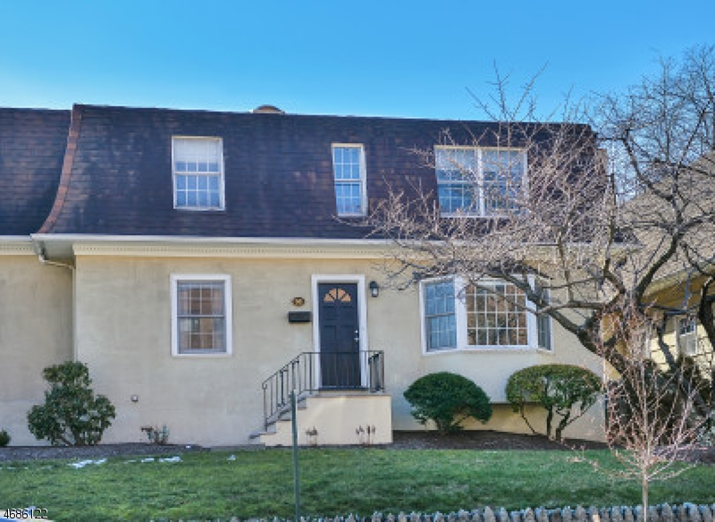 51 Hill St, Morristown Town, NJ 07960