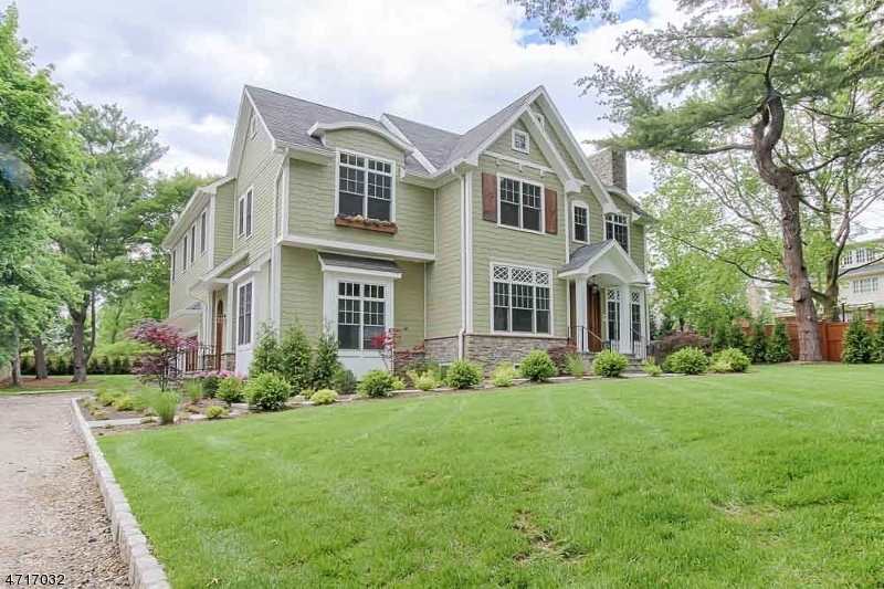 66 Rolling Hill Dr, Chatham Twp., NJ 07928