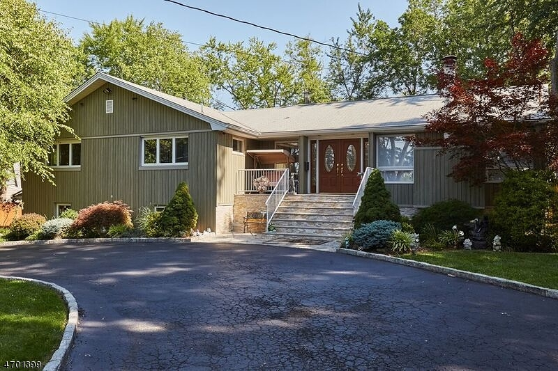 231 E Mount Pleasant Ave, Livingston Twp., NJ 07039