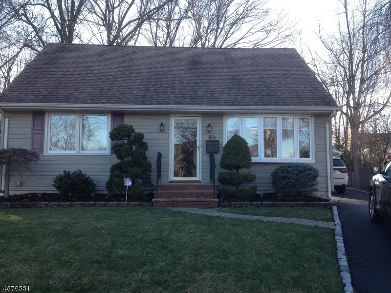 52 Farmingdale Ave, Bloomfield Twp., NJ 07003