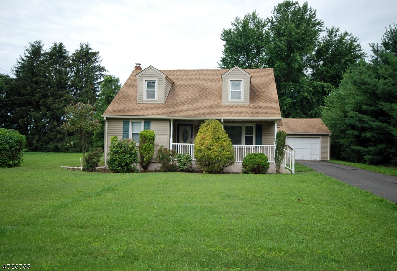 548 Pittstown Rd, Franklin Twp., NJ 08867