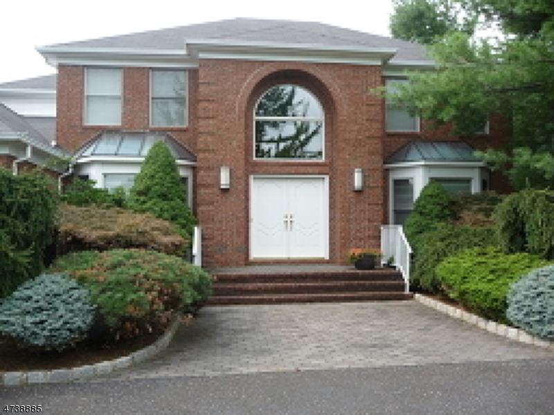 16 CROSSWOOD WAY, Warren Twp., NJ 07059
